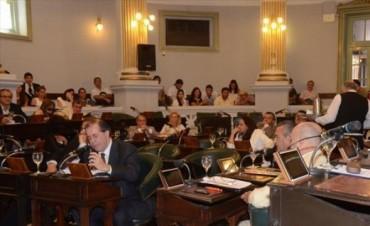 Diputados: amplían pedido de juicio político al STJ reservado en secretaría