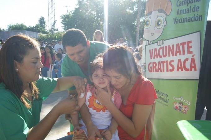 Inician campaña de vacunación en la Escuela República del Paraguay