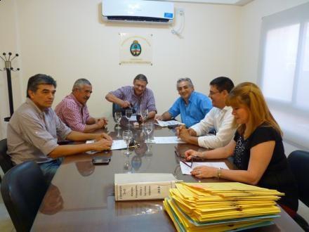Diputados exhibe trabajo y archiva 177 proyectos
