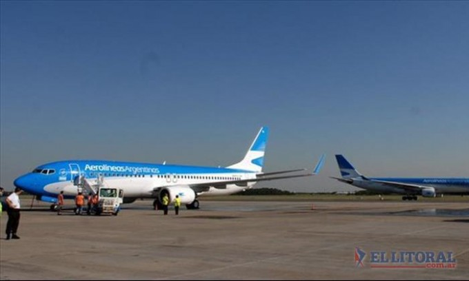 Pilotos de Aerolíneas Argentinas anunciaron un paro total por 24 horas