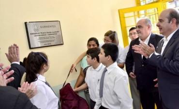 El Gobernador abrió el ciclo lectivo y anunció un polideportivo escolar