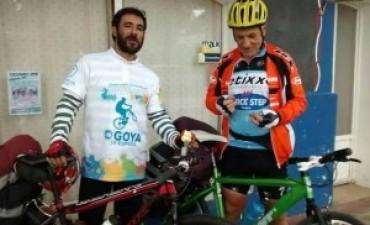 Padre e hijo compartieron la aventura de viajar en bici de Esquina a Luján