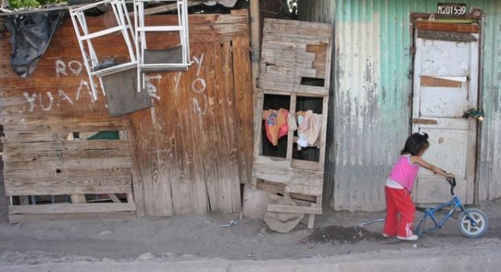Corrientes entre las ciudades con más pobres en el país