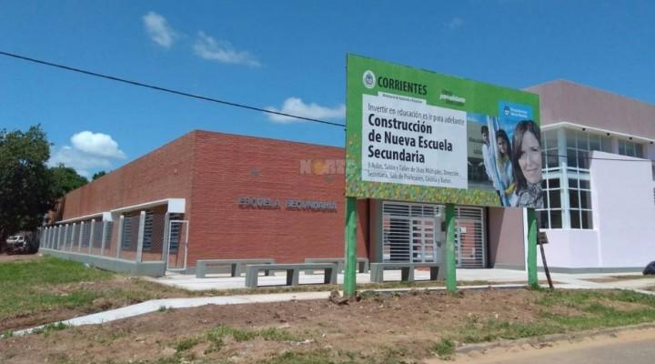 Con paro en otras provincias, Macri inaugura el ciclo lectivo en Bella Vista