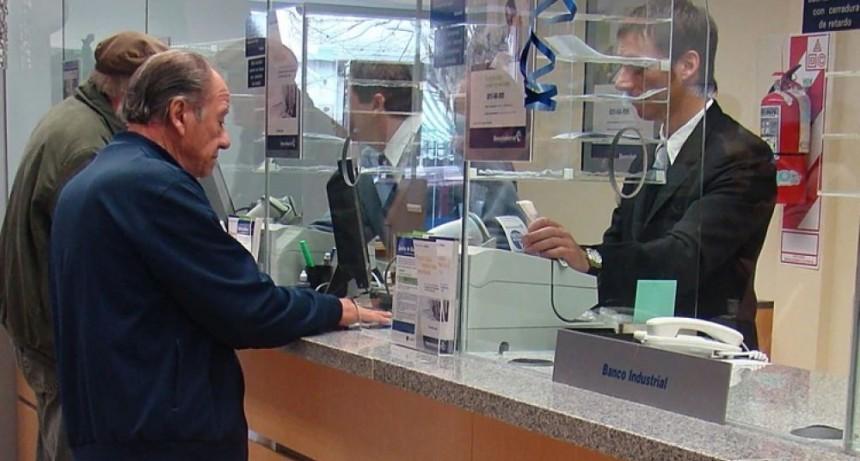 Confirman que bancos abren desde el viernes para pagar jubilaciones