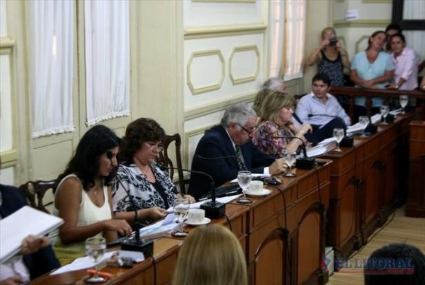 En una ácida sesión se aprobó crear el Concejo Itinerante
