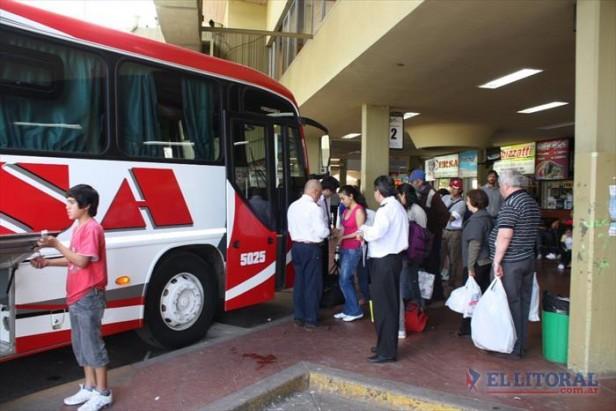 Por el paro hoy no habrá servicios de transporte y circularán menos remises