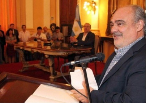 Colombi volvió a descartar una privatización de la DPEC