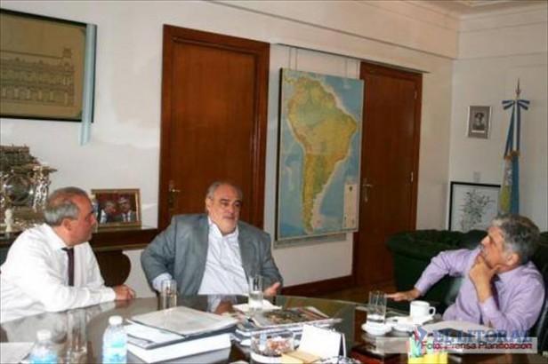 El Gobernador viaja hoy a Buenos Aires para reunirse con De Vido por acuerdo energético
