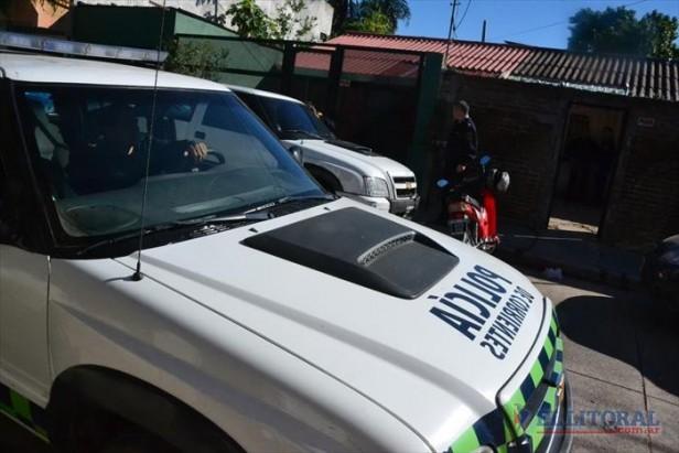 Asalto a Supermax: allanaron una casa y secuestraron varias armas de fuego