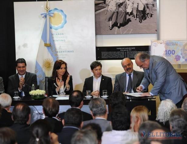 Con asistencia de Colombi al acto, Nación firmó la extensión del desendeudamiento