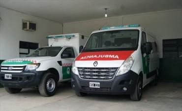 El Gobierno Provincial entregó dos ambulancias al hospital de Esquina