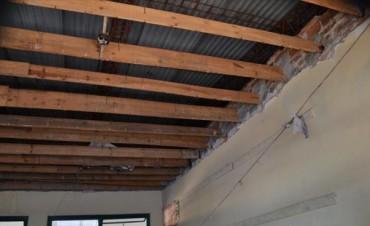 Empezó la reparación de cielorrasos en Escuela Nº 9