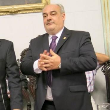 El Gobernador firmará hoy con Nación un nuevo convenio de moratoria por deudas