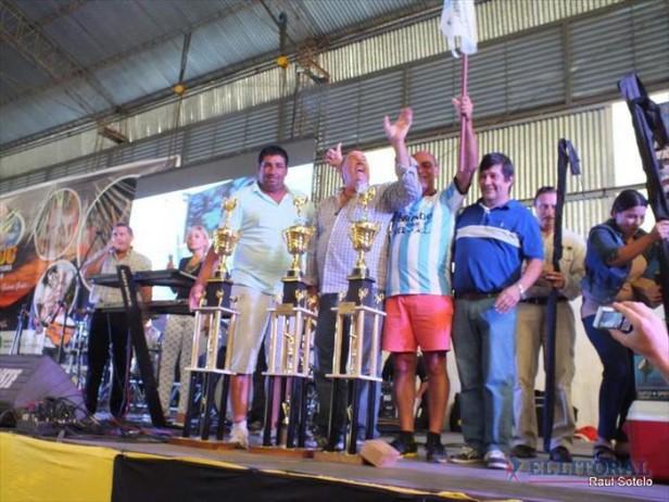 Un funcionario obtuvo la pieza mayor del torneo apertura de pesca del Dorado