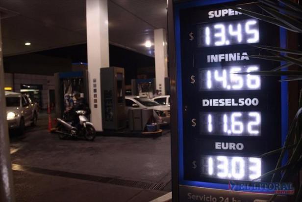 YPF aplicó una suba del 10 por ciento y acortó la brecha de precios