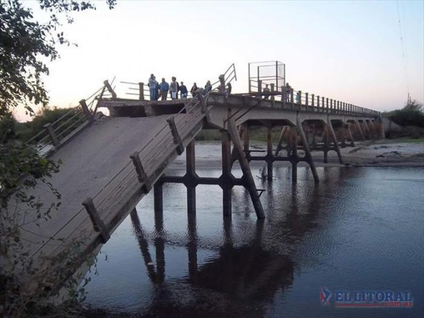 Tras desmoronarse parte de un puente sobre la Ruta 126, instalarán un bailey en forma provisoria