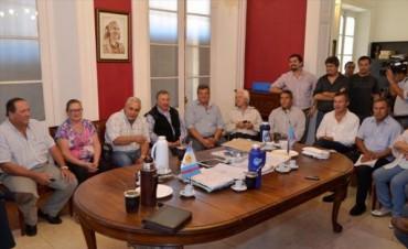 Comunas peronistas dividen estrategias: Capital votaría en julio, Goya en octubre