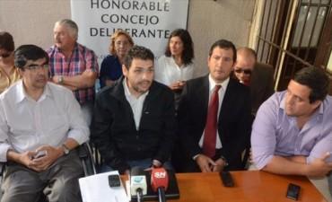 """Concejales del FPV ratificaron la intención de votar el 5 de julio y denunciaron una """"opereta judicial"""" para entorpecer el llamado a comicios"""
