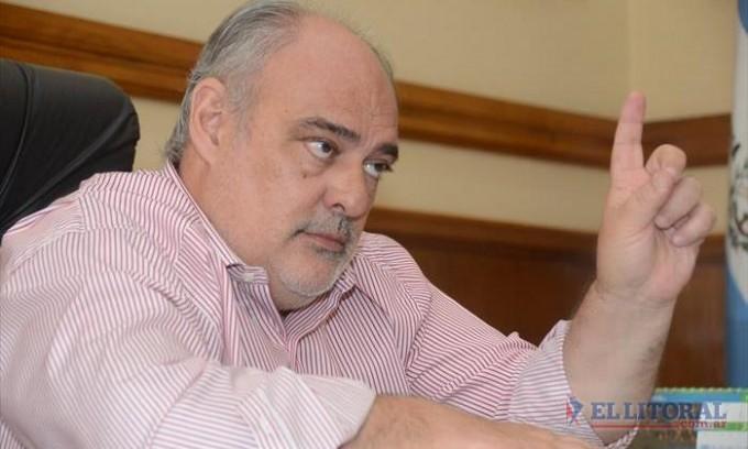 Colombi dice que analiza ser intendente y que tiene 6 candidatos a gobernador