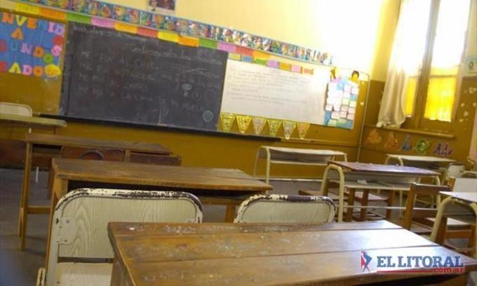 Convocado por Ctera, se concreta hoy en el país un paro docente y gremio local llamó a sumarse