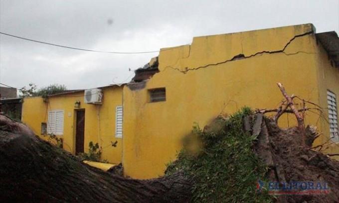 Caseros: otro temporal dejó más evacuados y hay sectores que siguen sin luz desde el sábado