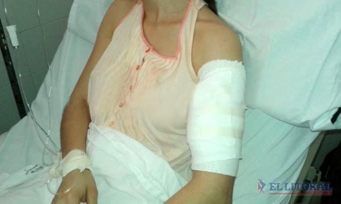 Estudiante herida de dos disparos en un violento asalto de motochorros