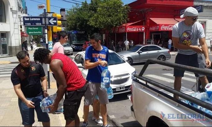 Inician campañas solidarias para ayudar a evacuados