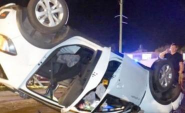 Murió una mujer en el despiste y vuelco de un automóvil en San Luis del Palmar
