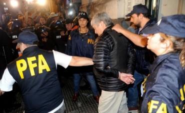 Lázaro Báez y su contador Pérez Gadin fueron detenidos