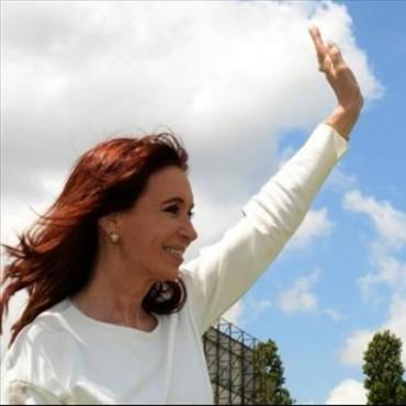 Tras cuatro meses, Cristina vuelve a Buenos Aires para declarar ante el juez Bonadío