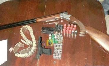 Violento asalto en paraje Piedritas: dos jóvenes detenidos tras allanamientos