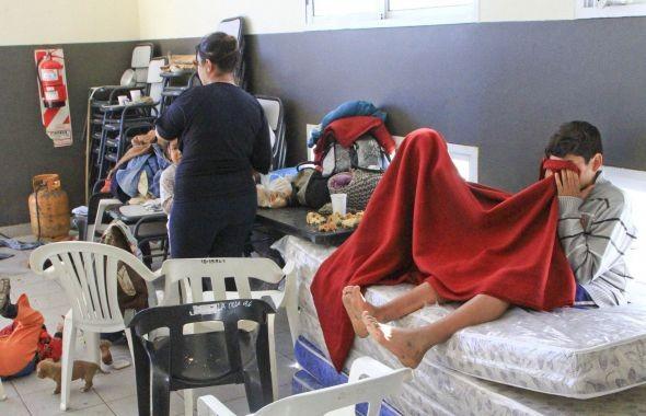 Unos 300 evacuados fueron alojados en el Hogar Escuela y en otros centros