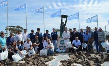 Merecido reconocimiento a los héroes de Avá Ñaró