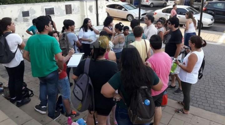 """Denuncian que sigue la política de """"ajuste"""" en el Municipio de Corrientes"""