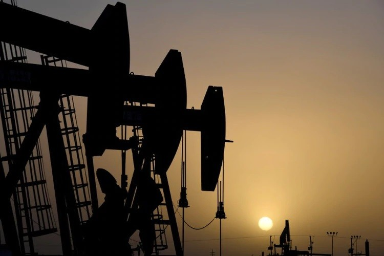 Caída histórica en el precio del barril de petróleo en Estados Unidos: cotiza a valores negativos