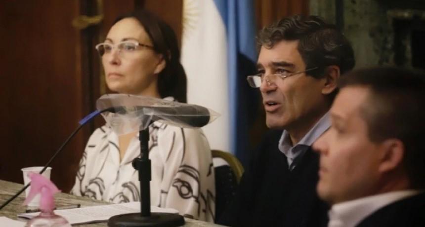 El ministro de Salud porteño prevé hasta 3.000 casos por día en la segunda quincena de mayo