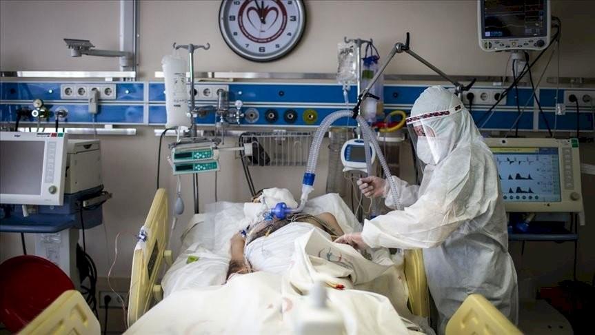 Explosión récord de casos de coronavirus en Ciudad y hospitales al borde del colapso