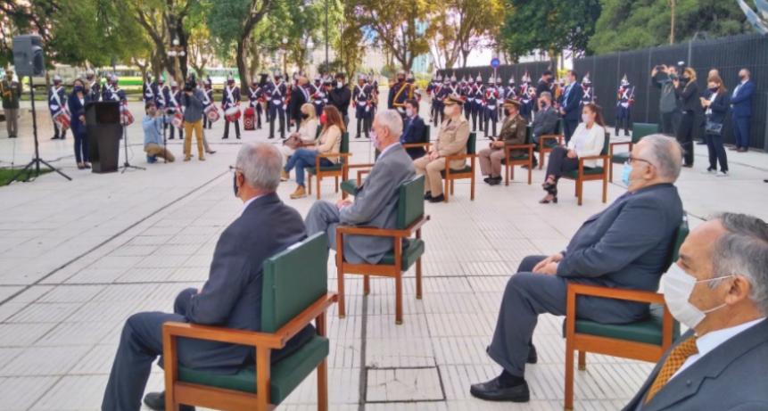 El Gobierno homenajeó a los combatientes de Malvinas y llamó a diseñar