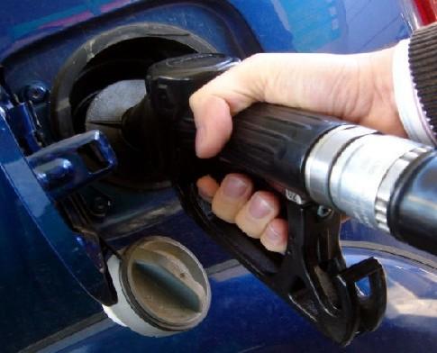 Pronostican que la nafta costará $20 a fin de año