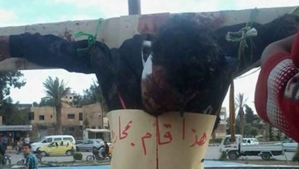 Crucifican a personas en una ciudad siria controlada por radicales islamistas