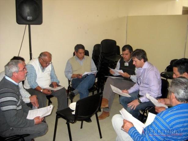 El Consejo de Políticas Públicas postergó su reunión y espera por el peronismo
