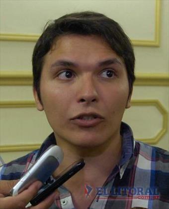 """Con una carta abierta, Calvano se defiende y denuncia que """"quieren sacar el boleto estudiantil gratuito"""""""