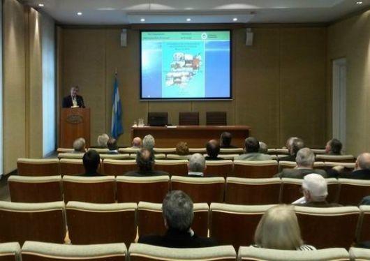 Gatti concretó la presentación del plan de exploración hidrocarburífera