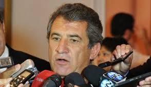 Urribarri pasó por Corrientes y se expresó confiado en imponerse en las Paso 2015