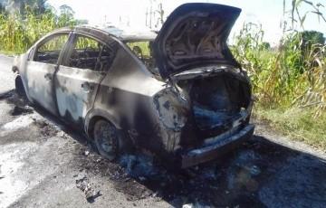 Laguna Seca: encuentran un cadaver calcinado en el interior de un auto