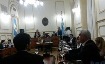 Con voto dividido, se aprobó declarar obras de utilidad pública y pago obligatorio