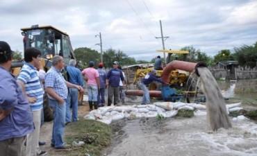 Goya: ayudan a 135 familias inundadas y alistan saneamiento en Los Chacales