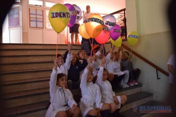Alumnos sorprendieron con sus reflexiones sobre inclusión social y calidad en la enseñanza