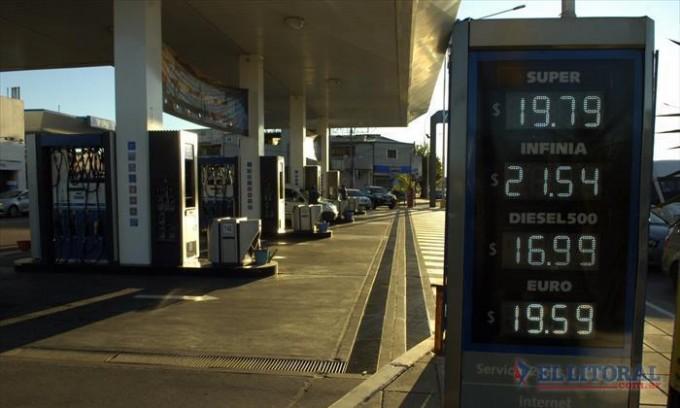 """Estacioneros: """"No nos esperábamos un incremento de tamaña magnitud en los combustibles"""""""
